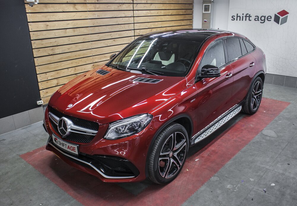 - Mercedes GLE Coupe Фото №1