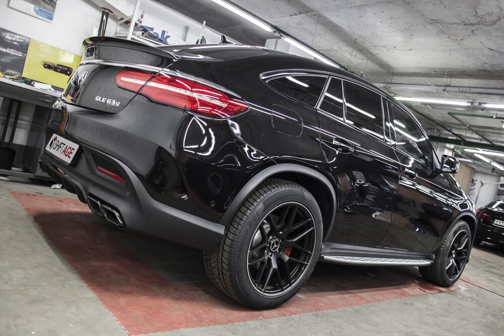 - Mercedes GLE Coupe Фото №2