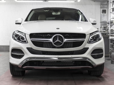 - Mercedes GLE Coupe